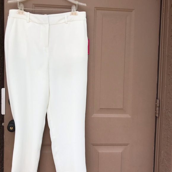 Vince Camuto White lined pants